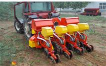 2BQX-4型玉米清壟免耕播種機